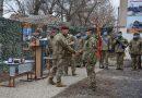 Напередодні професійного свята, командувач Десантно-штурмових військ нагородив воїнів-десантників, які виконують завдання в районах проведення ООС